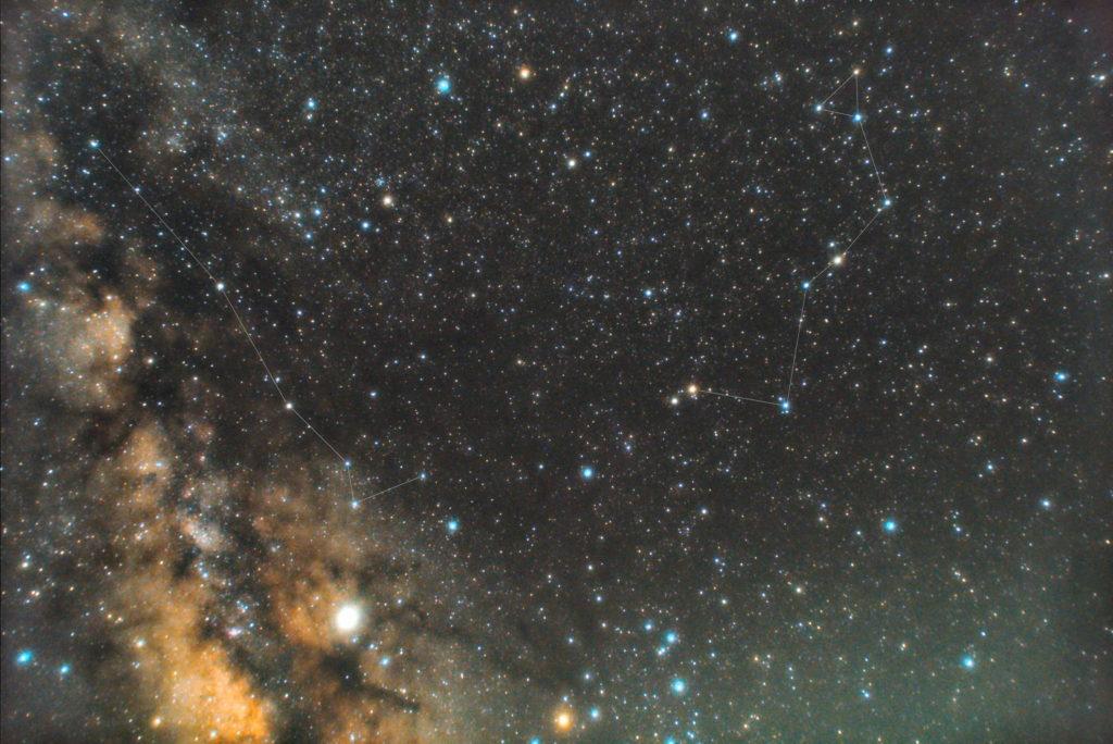 一眼カメラとカメラレンズで撮影した蛇座(へび座)の星座線入り星野・星空写真です。撮影日時は2019年04月13日03時07分55秒から。