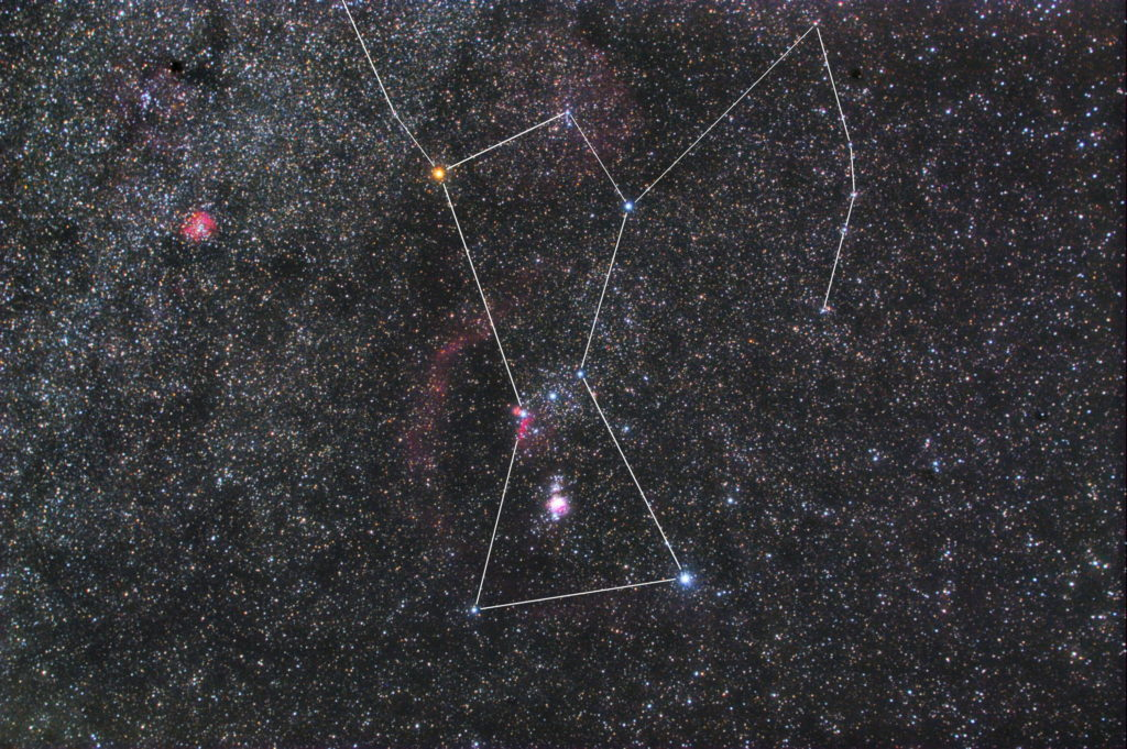 オリオン座の星座線入り星野写真(星空写真)です。撮影日は2018年11月10日23時35分20秒~で、一眼レフカメラ(CANON EOS KISS X2 IRカットレス改造)/カメラレンズ(TAMRON ズームレンズ AF28-300mm F3.5-6.3 ASPHERICAL XR LC)/フルサイズ換算42㎜/ISO1600/F5.6/露出4分/16枚を加算平均コンポジット/ダーク減算なし/ソフトビニングフラット補正です。