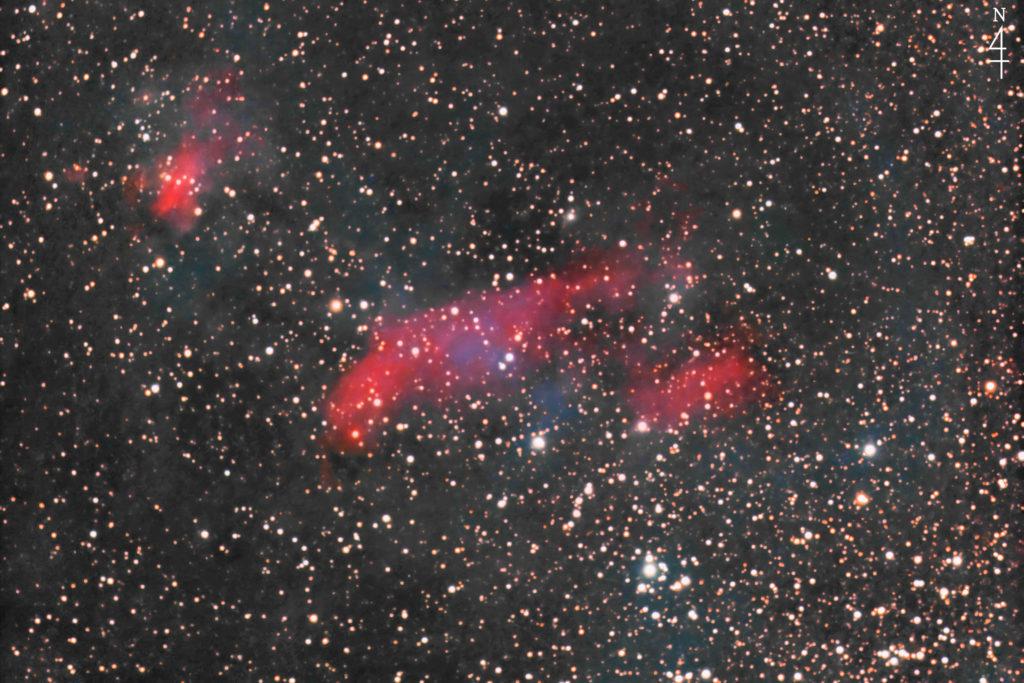 2020年06月09日22時24分50秒から口径15.2cmF5の反射望遠鏡MEADE LXD-55と一眼レフカメラのリコーPENTAX-KPでISO25600/露出30秒で撮影して117枚を加算平均コンポジットしたフルサイズ換算約1737mmのIC4628(えび星雲)天体写真です。