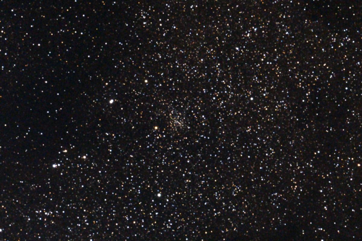 口径15.2cm反射望遠鏡(LXD-55)/F5/CANON EOS KISS X7i/ISO6400/カメラのダーク/32枚フラット/露出45秒×5枚を加算平均コンポジットした2017年05月01日03時46分47秒から撮影したM24(散開星団)のメシエ天体写真です。