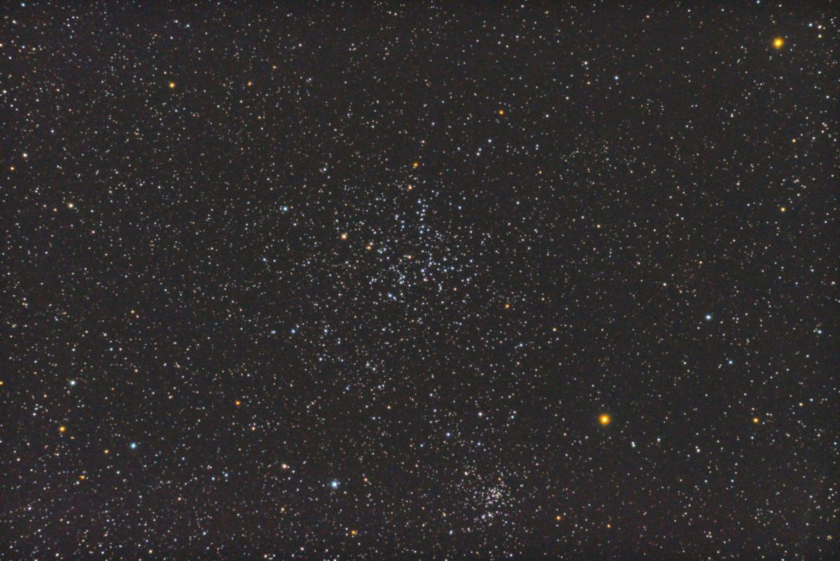口径15.2cm反射望遠鏡(LXD-55)/F5/PENTAX-KP/ISO25600/カメラダーク/ソフトビニングフラット/露出10秒×30枚を加算平均コンポジットした2017年09月25日03時08分25秒から撮影したM38の天体写真です。
