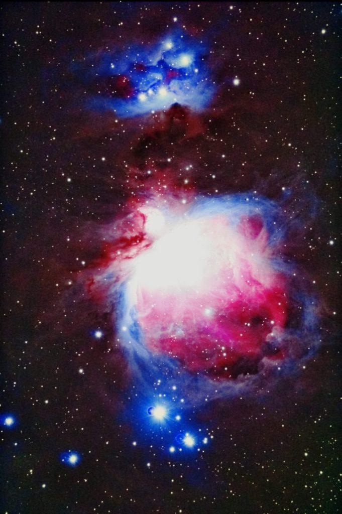 口径15.2cm反射望遠鏡(LXD-55)/F5/PENTAX-KP/ISO51200/カメラダーク/フラットエイドでフラット/露出20秒×29枚を加算平均コンポジットした2017年10月27日00時53分42秒から撮影したM42(オリオン大星雲)のメシエ天体写真です。