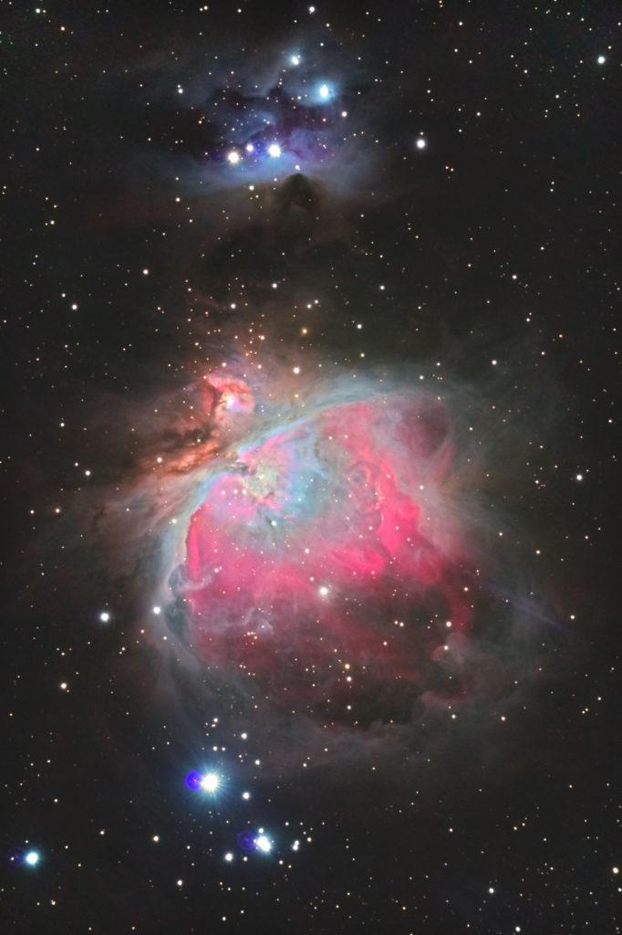オリオン大星雲(M42)のHDR合成写真です。口径15.2cm反射望遠鏡(LXD-55)/F5/PENTAX-KP/ISO51200-ISO200/ダーク減算なし/ソフトビニングフラット/露出30秒×各ISO感度1枚~60枚を加算平均コンポジットした2019年10月07日01時55分37秒から撮影したメシエ42の天体写真です。