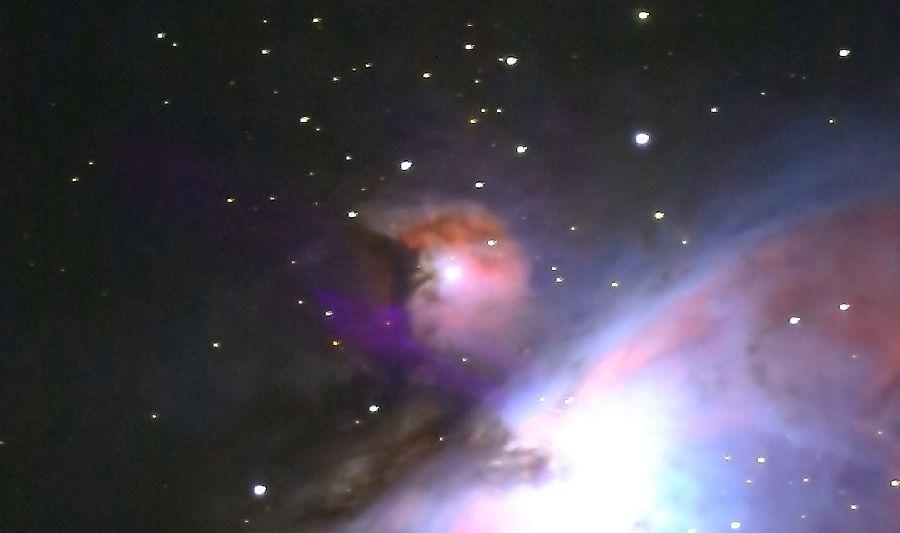 口径15.2cm反射望遠鏡/F5/EOS KISS X7i/ISO6400/露出45秒×5枚加算平均コンポジットしたM43の写真です。