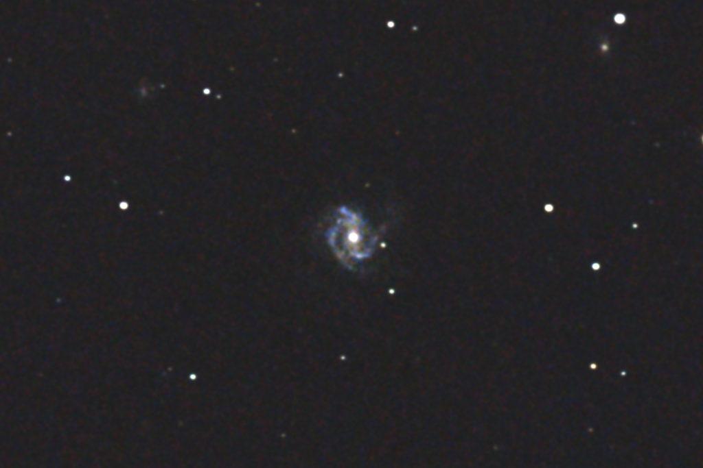 口径15.2cm/反射望遠鏡/F5/EOS KISS X7i/ISO6400/dark1/ソフトビニングフラット/露出45秒×10枚を加算平均コンポジットしたM61の写真です。
