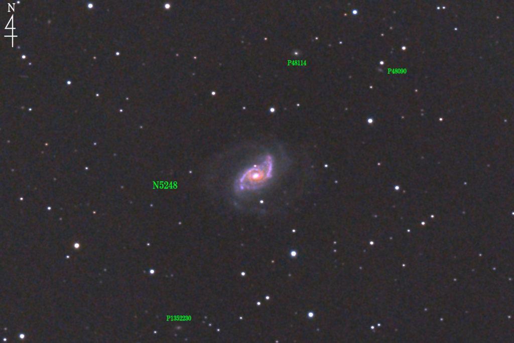 2020年04月25日23時28分41秒から口径15.2cmF5の反射望遠鏡LXD-55と一眼レフカメラのPENTAX-KPでISO25600/露出30秒で撮影して72枚を加算平均コンポジットした撮影したフルサイズ換算約3587mmのNGC5248の天体写真です。
